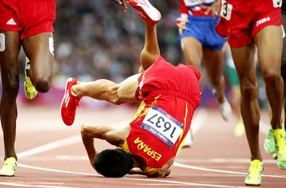 Caída de un corredor español