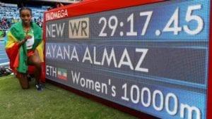 Ayana, nueva plusmarquista mundial en el 10 mil femenino