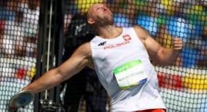 El polaco Malachowski donó su medalla para una causa solidaria
